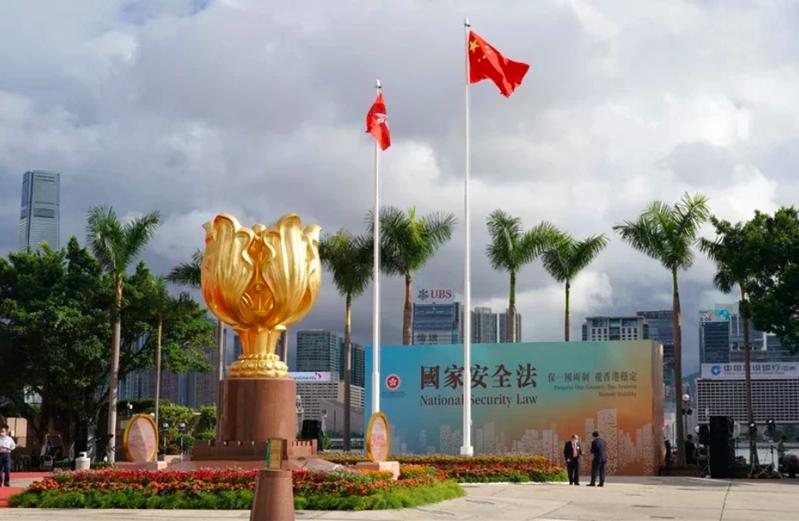 恆指今(5)日開低129點 科指跌1.3%。圖為香港市容。信報財經