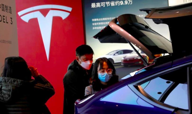 特斯拉已完全償還上海超級工廠支出的6.14億美元貸款(約新台幣171.3億元)。...