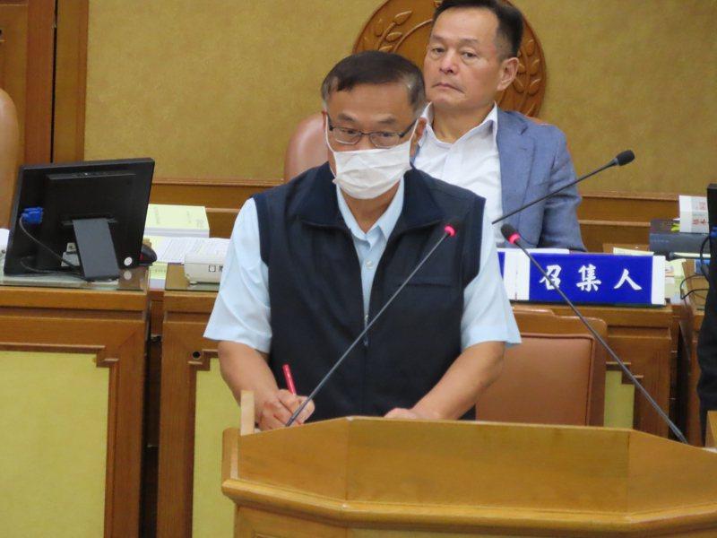 新北警察局長黃宗仁金表示,警察一定會團結維護治安,「黑道幫派好膽麥走!」記者吳亮賢/攝影