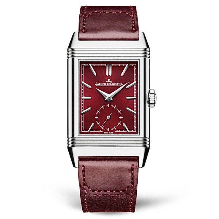 積家,Reverso小秒針酒紅腕表,價格店洽。圖 / 積家表提供。