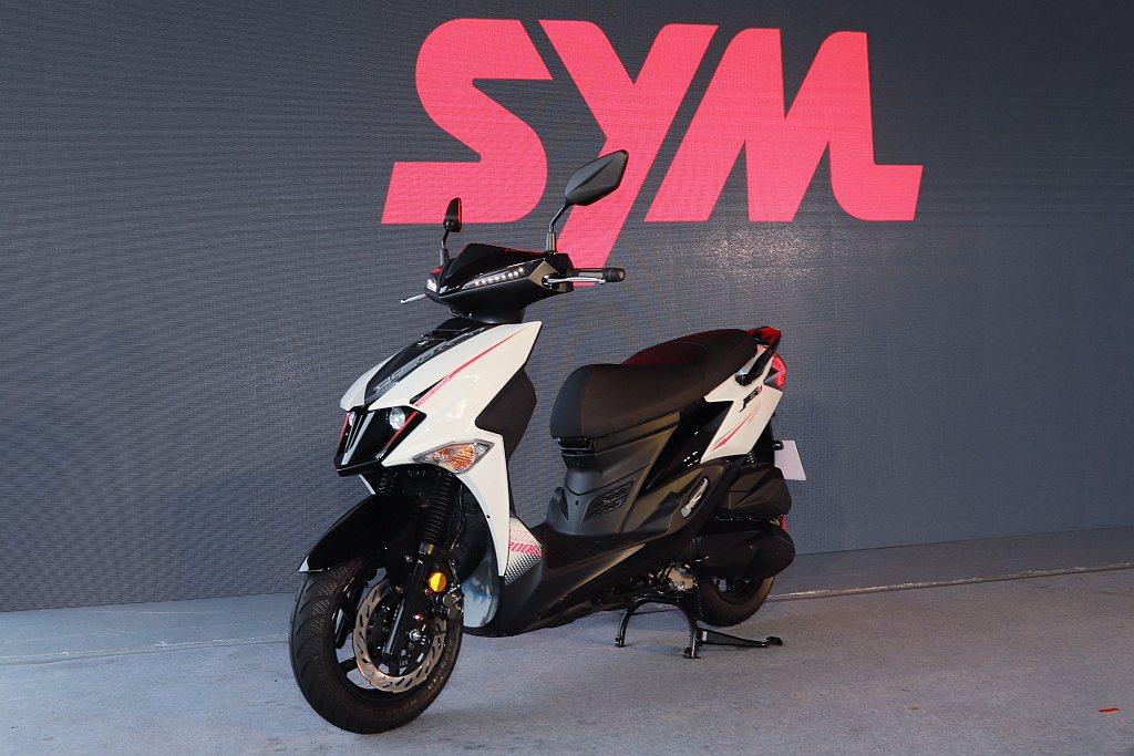 SYM JET車系長年稱霸國內二輪賽事,JET SL更是同級中最強的運動速克達。...