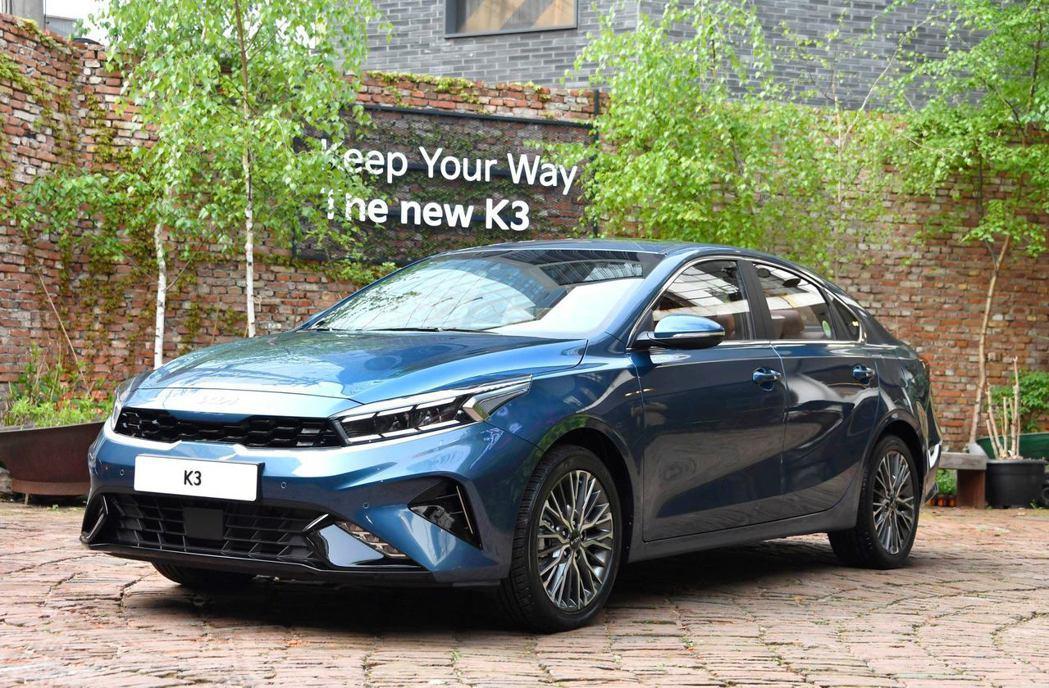 小改款Kia k3日前於韓國正式開賣。 摘自Kia