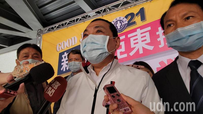 台灣世界新聞傳播協會昨天公布「22 縣市有感施政大調查」,新北市長侯友宜表示,在民調中有做得不好的,就要趕快調整檢討自己。記者江婉儀/攝影