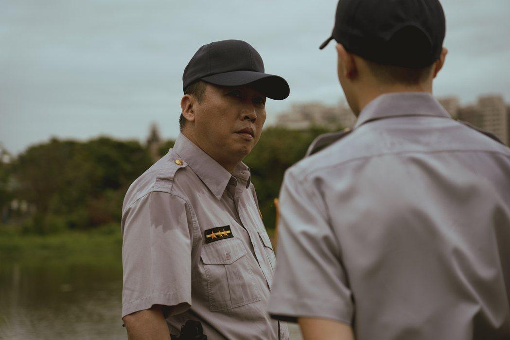 趙正平(左)演出「池塘怪談」。圖/金盞花大影業提供