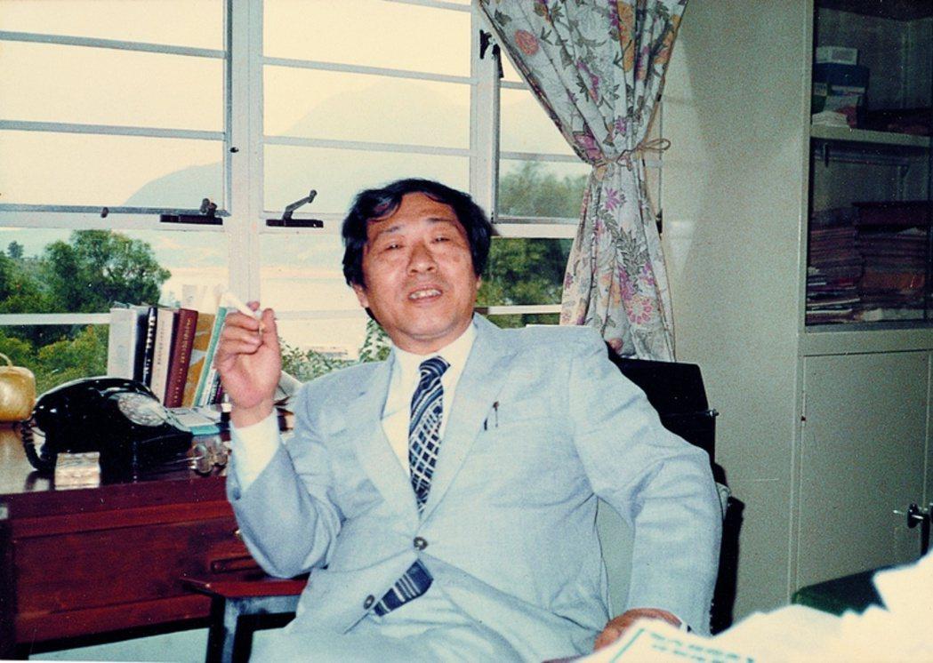 呂炳川決定一人前往香港赴任(1980年9月),也令他得以暫時遠離台灣這處讓他既深愛又鬱悶的是非之地。 圖/國立傳統藝術中心