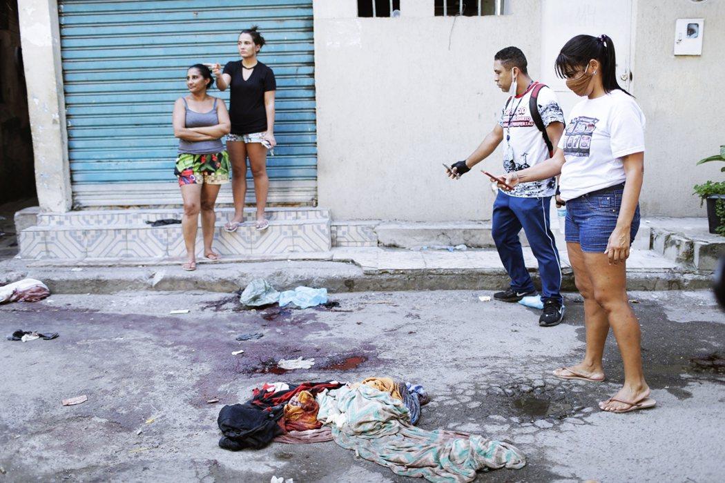 巴西的毒梟黑幫問題有解嗎?從本次與過去案例來看,由軍方介入掃黑的結果,往往只是造...