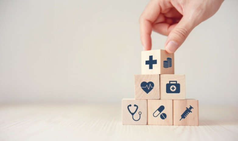 2020年開始,實支實付住院醫療險理賠條款修正為「保險公司審核理賠金時,得徵詢其...