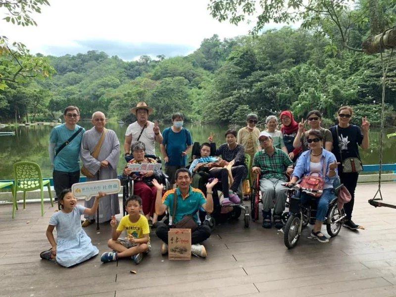 為鼓勵身障者與照顧者出門旅遊,新竹市府推出「無障礙微旅行」今年邁入第五年。  ...