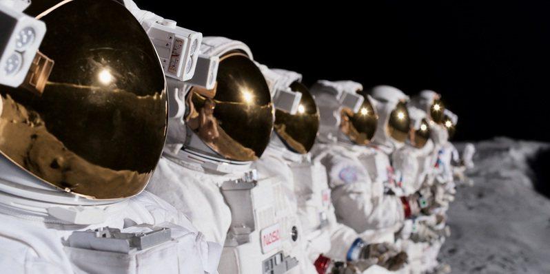 「太空使命」第2季有著不輸好萊塢大片的科幻冒險場面。圖/Apple TV+提供