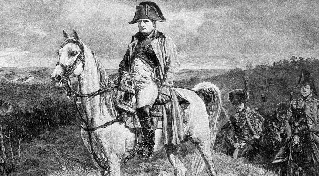 圖為騎著馬倫戈的拿破崙。 圖/英國國家陸軍博物館