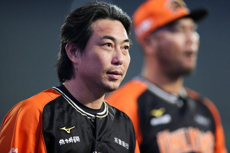 輸掉不該輸的比賽,統一獅總教練林岳平虛心接受外界批評。 記者余承翰/攝影