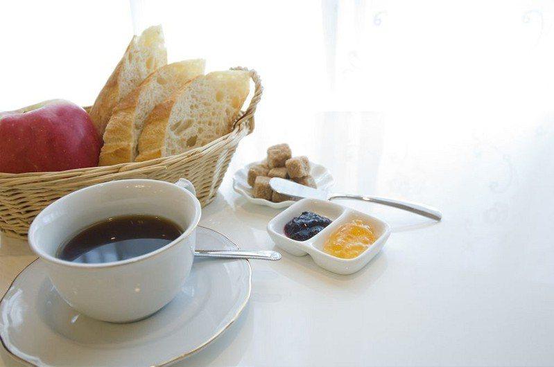 一名網友發問「現在早餐要50元解決是不是很難?」 示意圖/ingimage