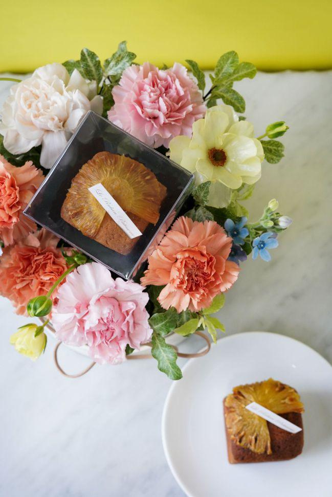 繽紛花園-小白圓蛋糕花禮。 圖/Talter Taiwan提供