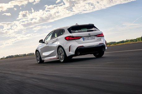 影/BMW前驅鋼砲128ti其實跑不贏 Hyundai i30 N與Volkswagen Golf GTI?