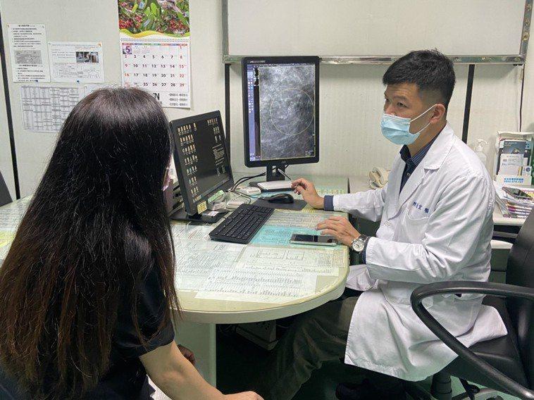 陳榮宏說,乳房原位癌又被稱作零期乳癌,意味癌細胞還待在原地,尚未往外侵犯,若沒有...