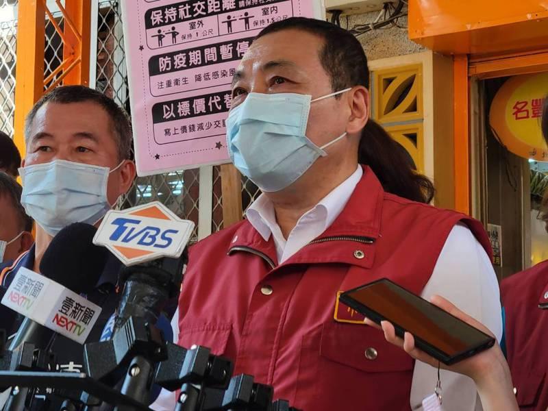 侯友宜表示,他感謝學校非常配合,未來還會做滾動式檢討。記者江婉儀/攝影