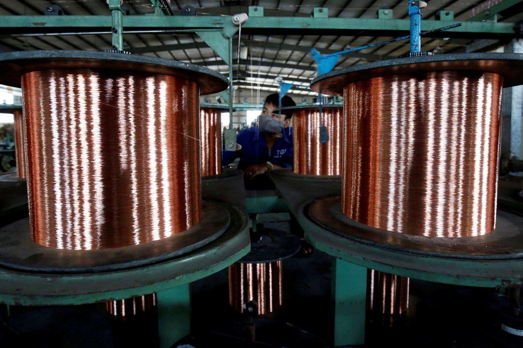 國際銅價6日創下歷史新高,圖為銅線。(路透)