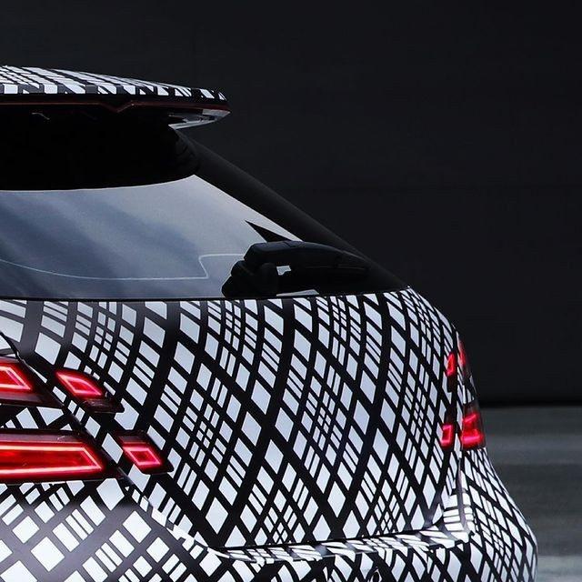 Genesis釋出首波全新G70 Shooting Brake原廠偽裝車照。 摘...