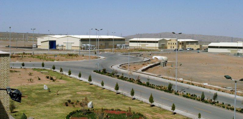 圖為伊朗德黑蘭附近的納坦茲核子設施。路透