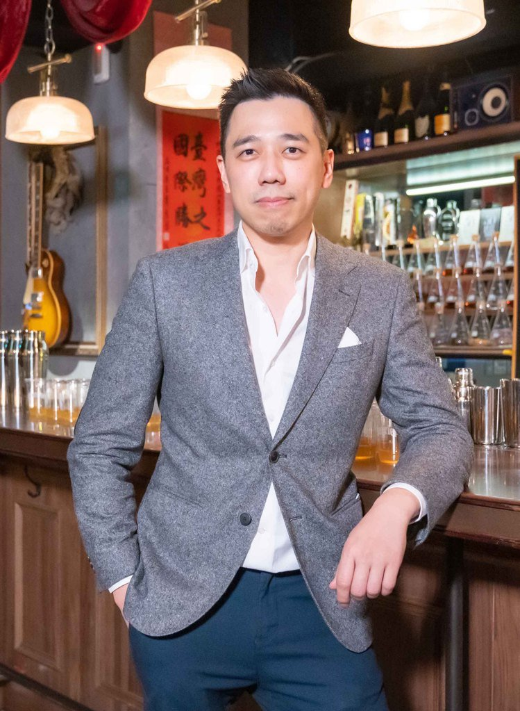 今年獲得第第17名的Bar Mood是亞洲50大常客,並由負責人、明星級調酒師吳...