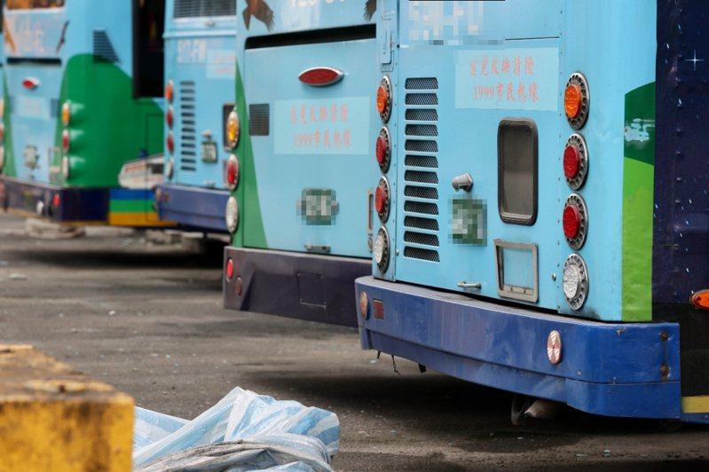 政院人士則表示,9月起只是停賣五期柴油重車,既有的五期車還是可以繼續使用,並沒有禁止上路。記者許正宏/攝影