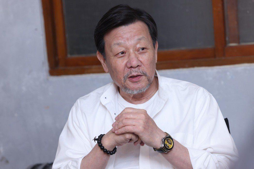 寇世勳從影超過40年,難得為電影「一家之主」受訪。記者王聰賢攝