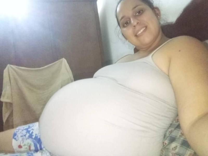 奧耶達是3孩之母,日前餵母乳時發生悲劇,她和女兒雙雙死亡。圖/翻攝自「Mariana Ojeda」臉書