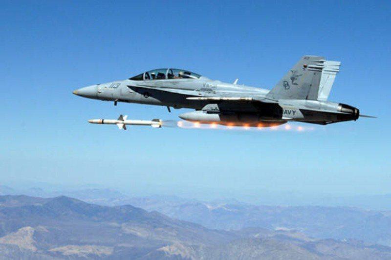 雖然2017年的軍售通告顯示售台的反輻射飛彈型號爲AGM-88B,但經此HCSM提升後,根據美軍規範,該彈的正式型號應改稱「AGM-88F」。 圖/美國空軍