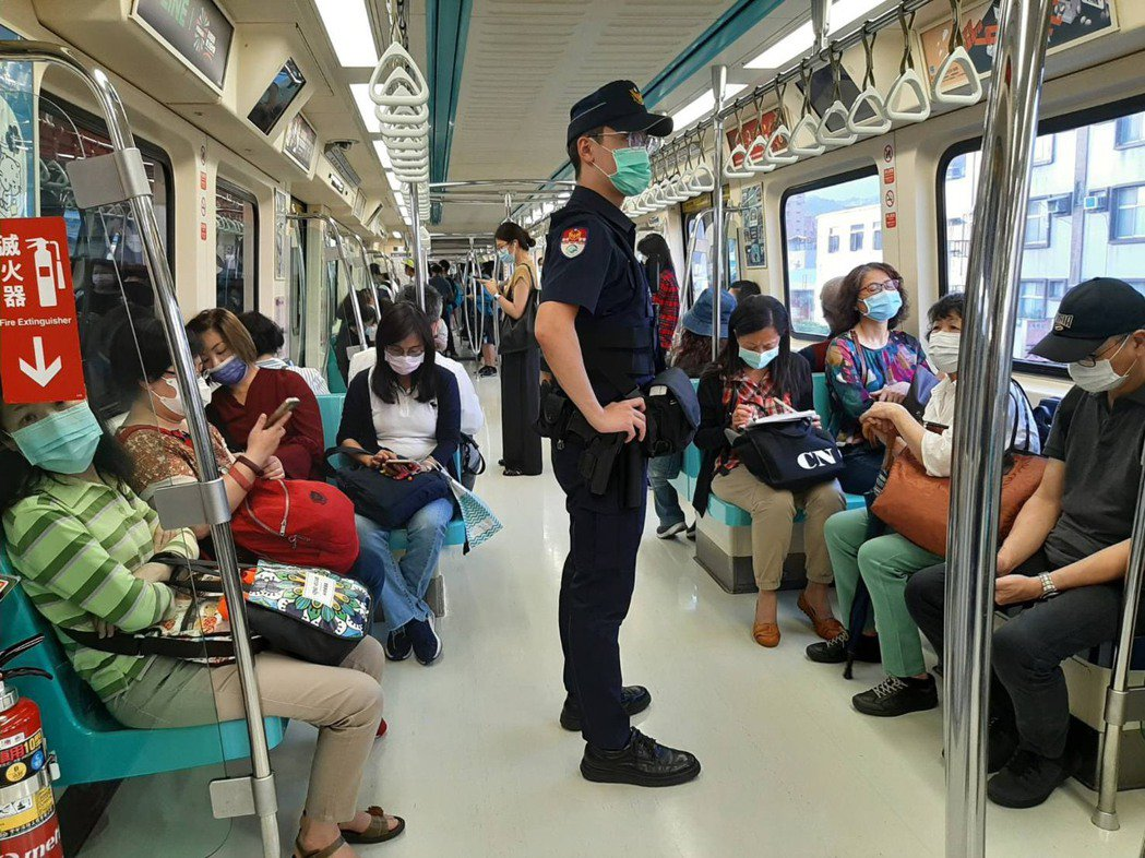 北市捷警透過大數據分析資料,規畫加強16個重點站體守望及車廂巡邏勤務,增加民眾見...