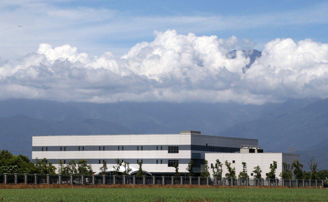 屏東南州合一生技新廠坐落於大武山下,占地超過六公頃。記者劉學聖/攝影