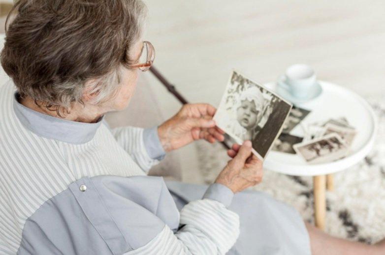 無子女的退休族,最擔心的就是生命到最後階段,需要被醫療照顧時,資金卻不足,尤其要...