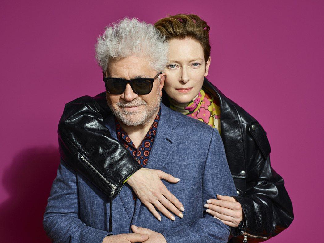 西班牙導演阿莫多瓦(左)再出奇招,新作「人聲」找來從未合作過的英國女星蒂妲史雲頓