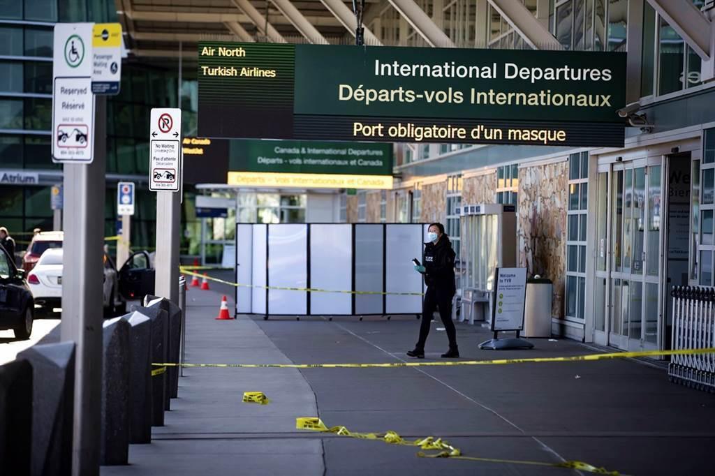 加拿大溫哥華國際機場當地時間9日下午爆發槍擊,目前已知至少造成1人死亡,警方目前...