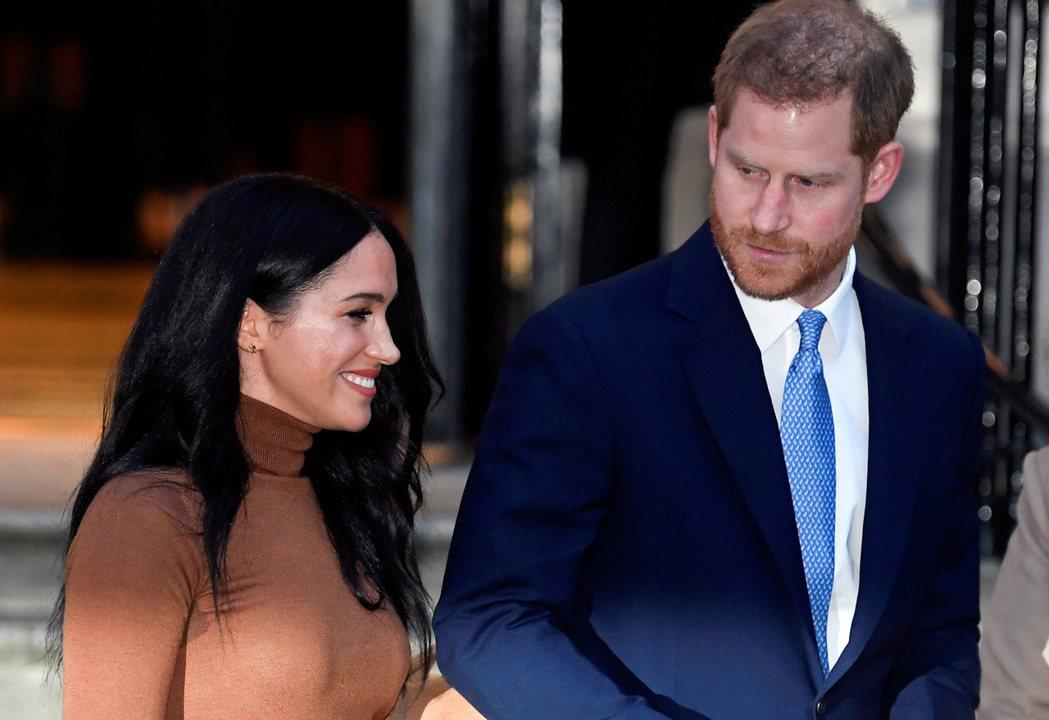 美國媒體認為梅根(左)與哈利現在就與美國名流無異,不再是英國貴族。圖/路透資料照