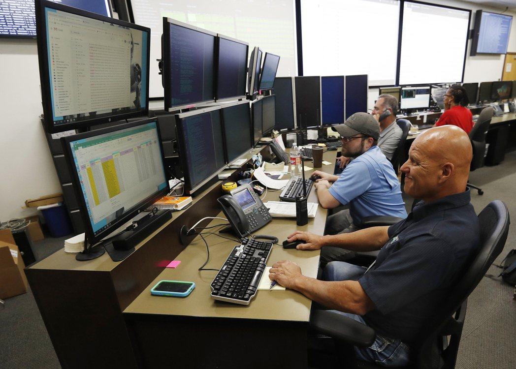 資安分析師指出,許多勒贖軟體攻擊是從普遍的資安漏洞牟利。圖為美國科羅拉多州丹佛市...