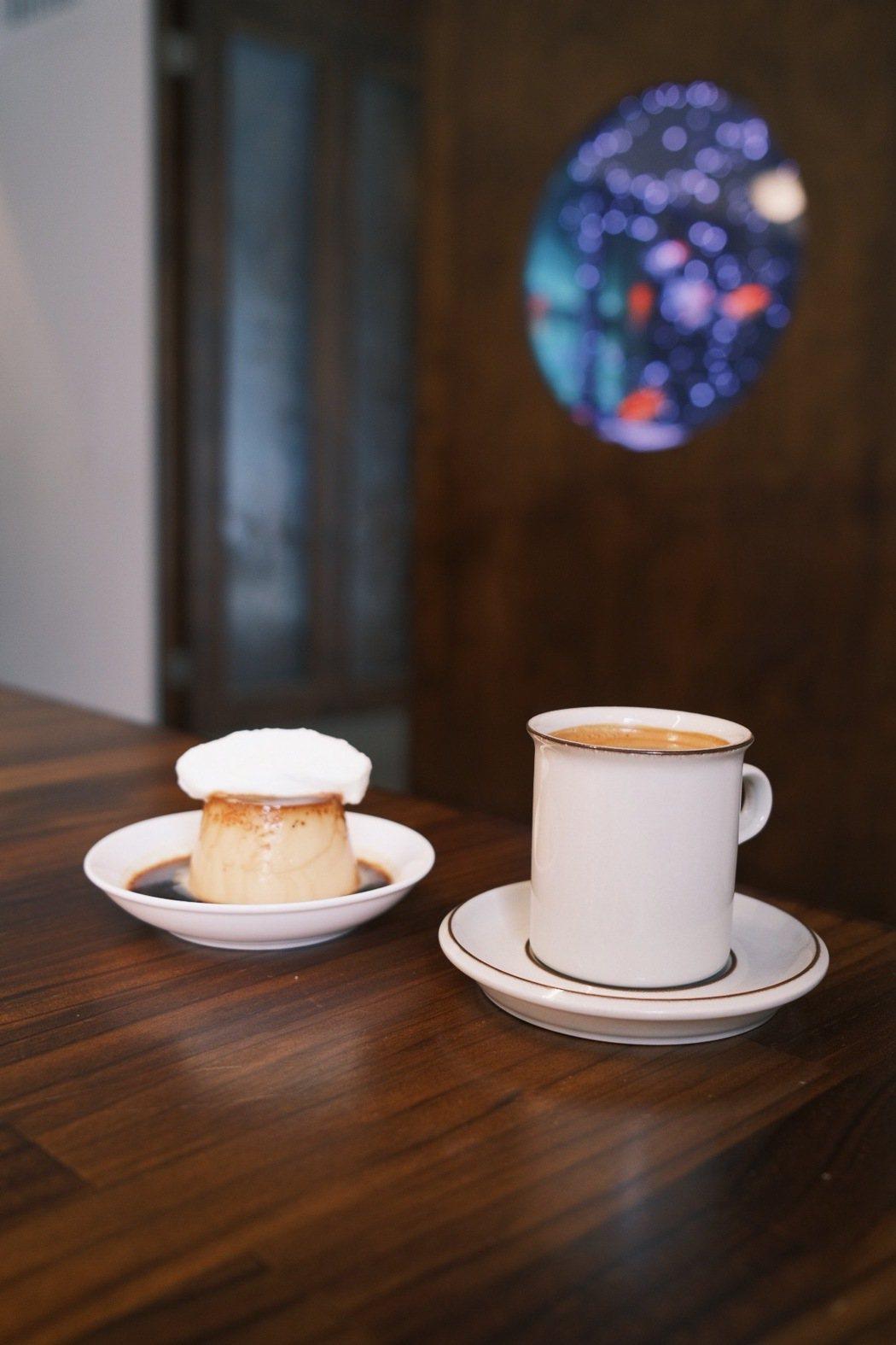 蘭姆酒焦糖布丁與黑咖啡。 圖/江佩君攝影