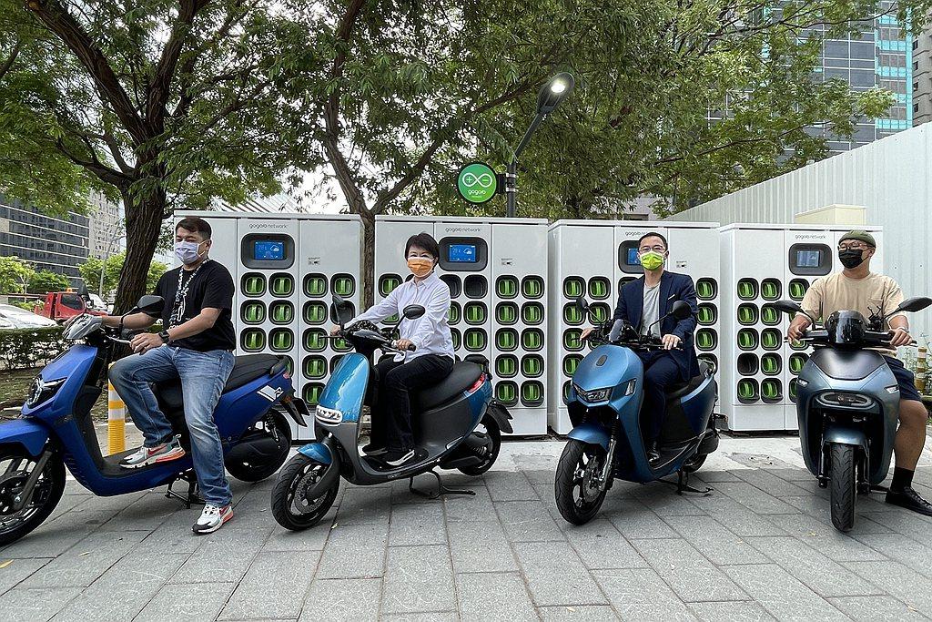 Gogoro Network於台中市目前累積建置的電池交換站達300座,台中市長...