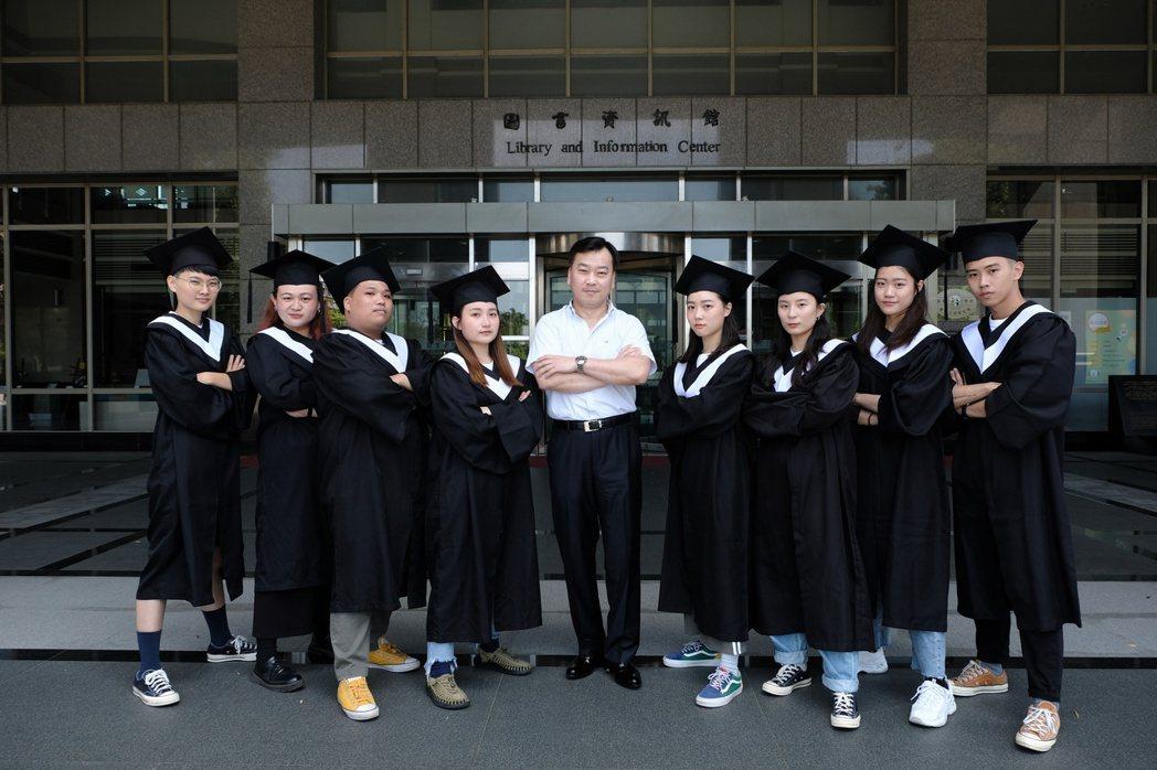 崑山科大培養學生關鍵基礎與多元能力力,使畢業生能力受到業界肯定。 崑山科大/提供...