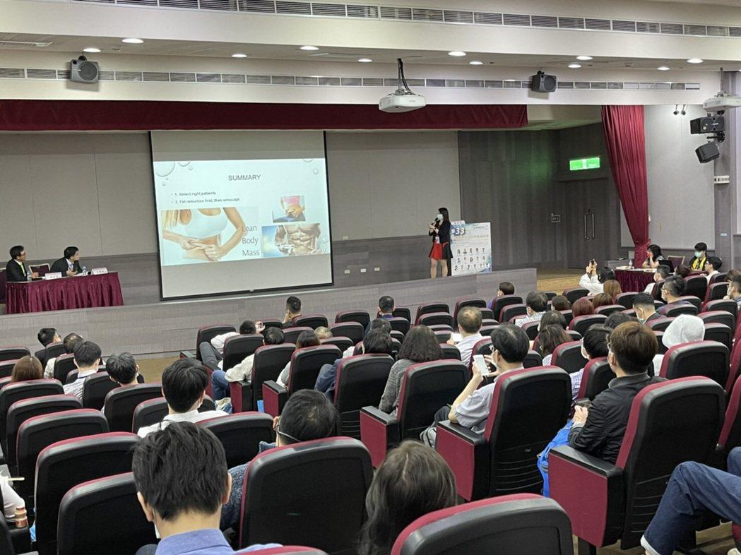 台灣以完善超前部署與發達的醫療產業,在防疫上有亮眼表現,獲得國際關注。台灣微整形...