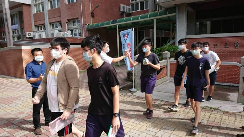台南一中今年有11名應屆及非應屆生以學校推薦方式錄取國防醫。圖/本報資料照片