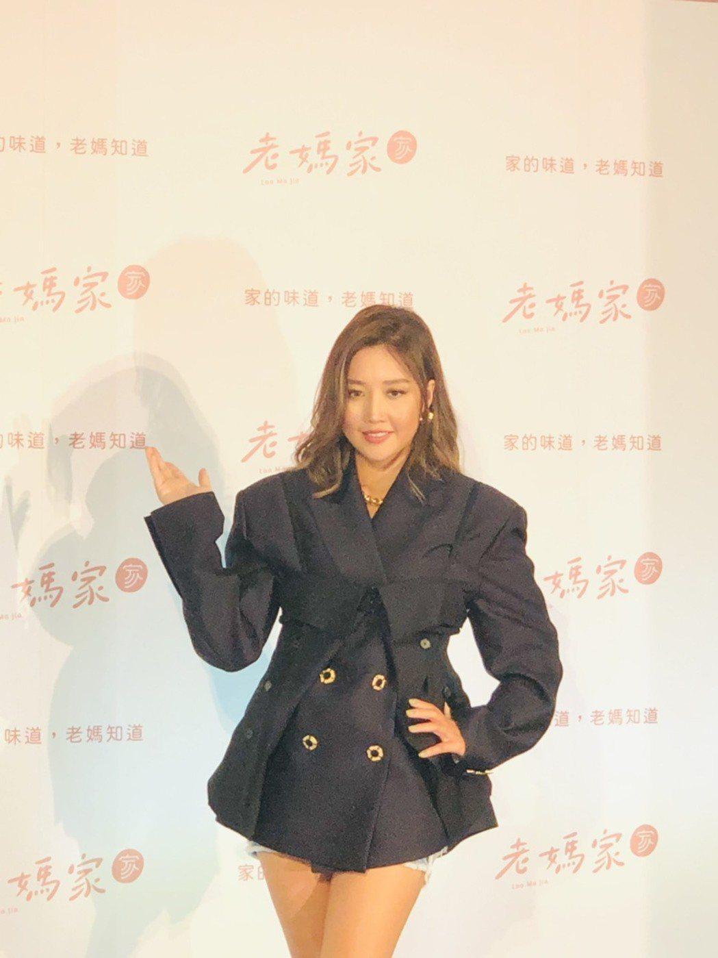 A-Lin今天出席老媽拌麵新品發表會。記者許晉榮/攝影