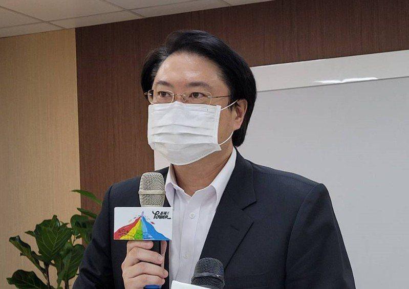 基隆提升防疫規格,林右昌宣布9家醫院及長照機構調整門禁。記者游明煌/攝影