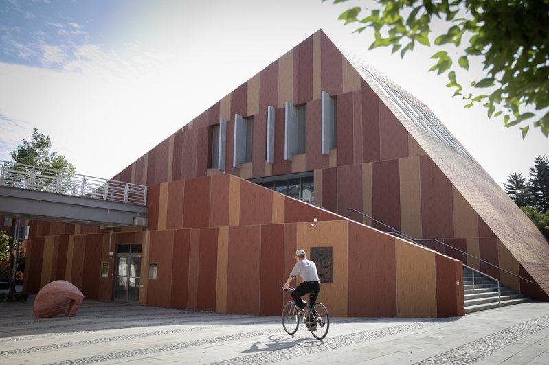 國立金門大學連續4年獲「教育部高教深耕計畫提升高教公共性」的肯定。圖/金大提供