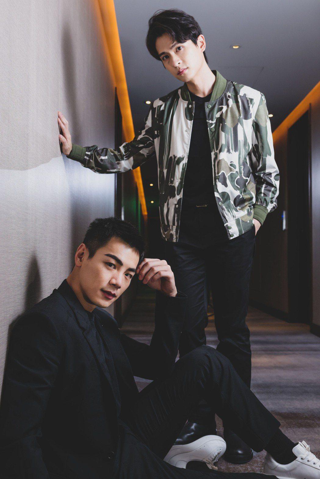 石知田(右)、禾浩辰(左)都曾遇過生離死別的打擊。記者李政龍攝