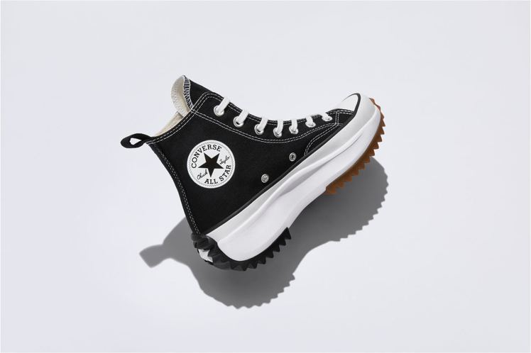 Converse Run Star Hike系列高筒鞋2,980元。圖/Conv...