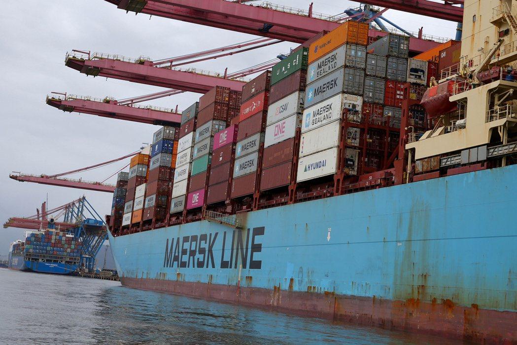 馬士基11日指出,海運費率將逐漸下降,2022年將恢復正常,但仍將高於疫情前的水...