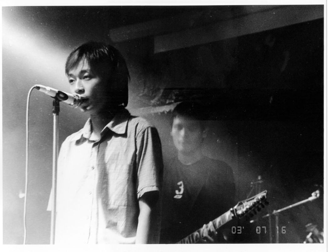 吳青峰貼出初期演出的樣子闡述心聲。圖/摘自IG