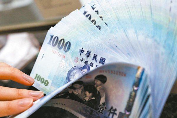 國銀今年對中小企業放款目標3,000億元,跟去年一樣,今年第1季新增放款1,53...