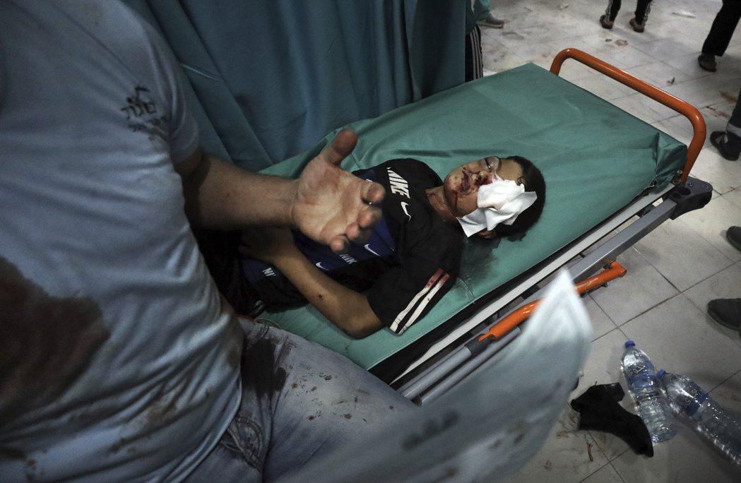 以色列軍方連續5日對加薩走廊發動「密集狂轟」,造成至少36人死亡、其中包含大量平...