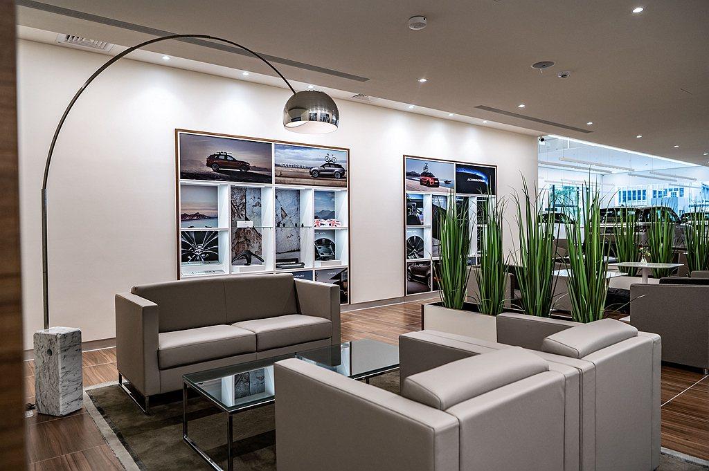 為慶祝Jaguar Land Rover新北九和旗艦展示暨服務中心開幕,即日起親...
